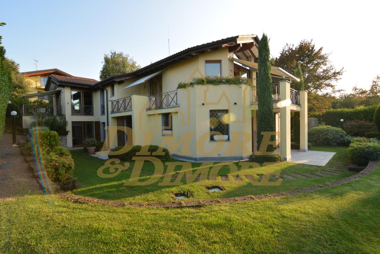 Villa in Vendita a Bodio Lomnago