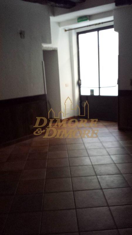 Ristorante / Pizzeria / Trattoria in affitto a Verbania, 9999 locali, prezzo € 1.200   CambioCasa.it