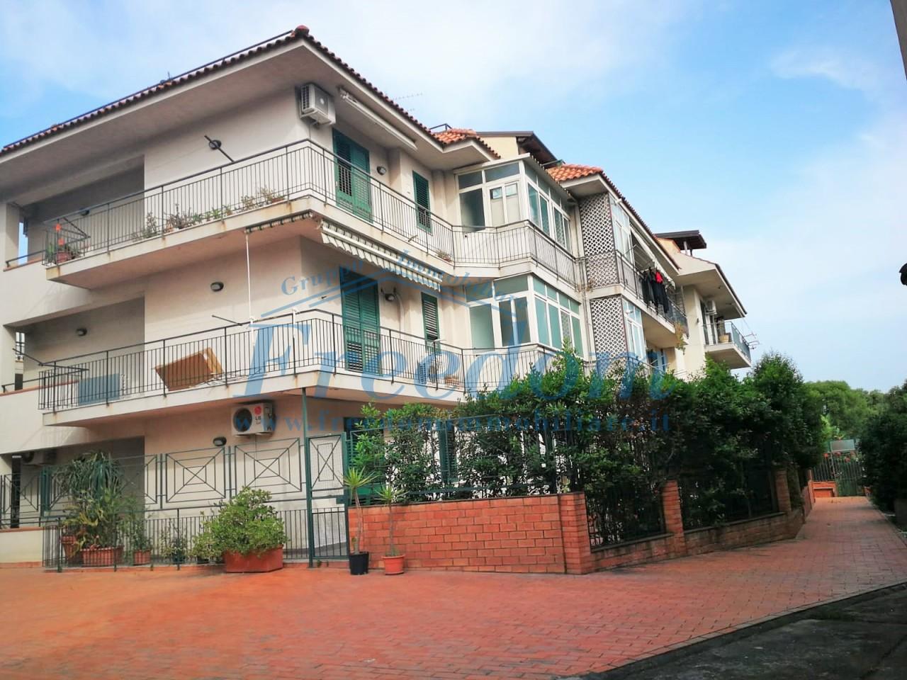 Appartamento in vendita a Cannizzaro, Aci Castello (CT)