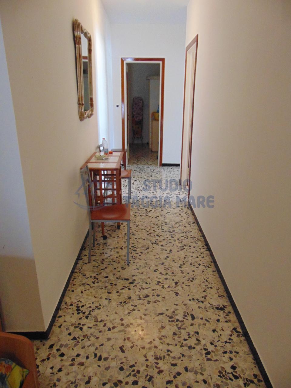 Bilocale Taggia Via Doria 3