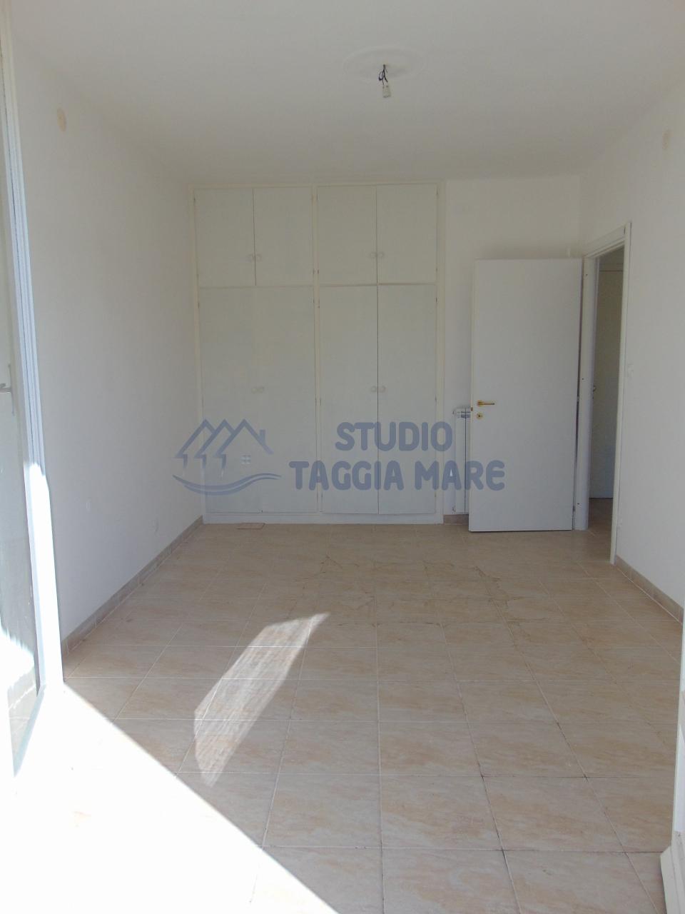 Bilocale Taggia Via Stazione 13