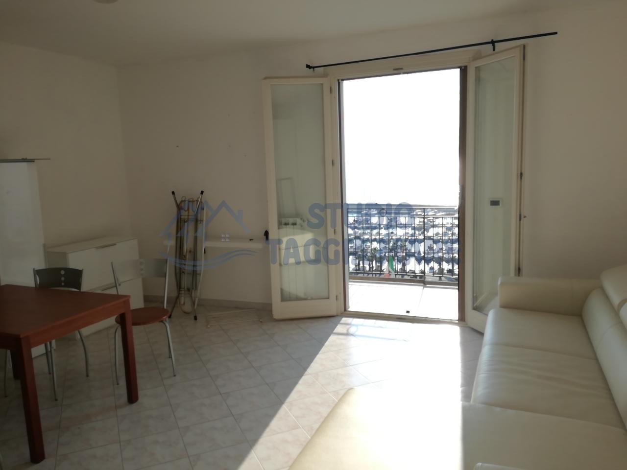 Appartamento in affitto a Santo Stefano al Mare, 1 locali, prezzo € 400 | Cambio Casa.it