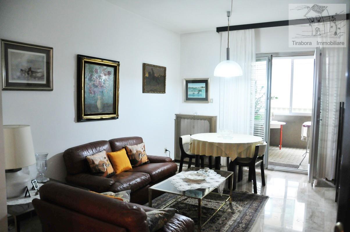 Appartamento in vendita a Trieste, 5 locali, prezzo € 230.000 | CambioCasa.it