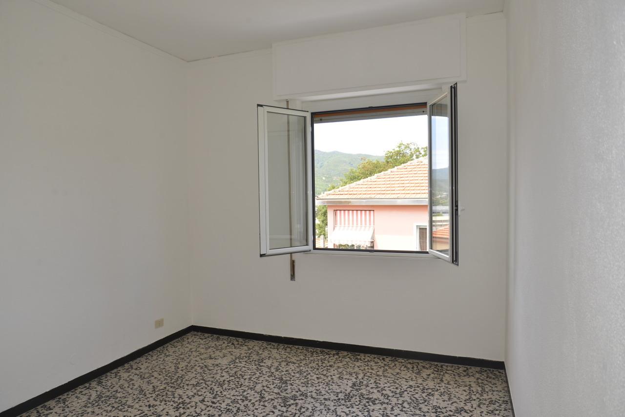 Appartamento in affitto a Savona, 4 locali, prezzo € 550 | CambioCasa.it