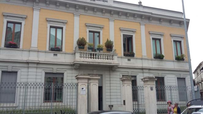 vendita appartamento milano   1340000 euro  9 locali  224 mq