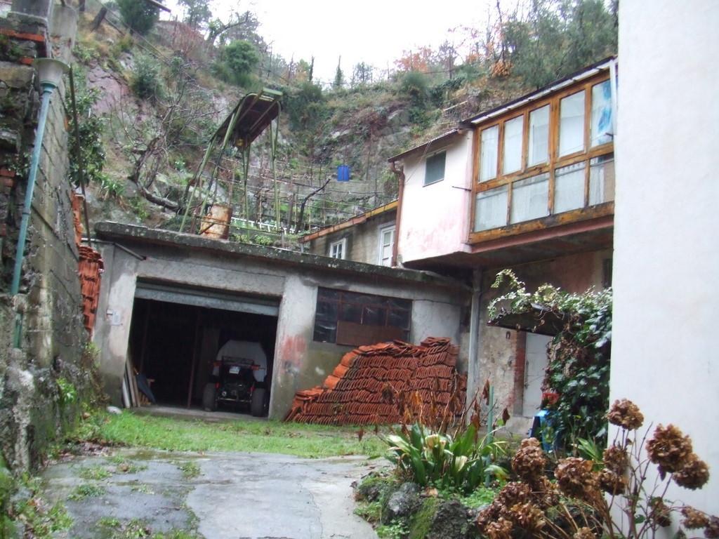Flanked Villa - Detached, 140 Mq, Sale - Castiglione Chiavarese