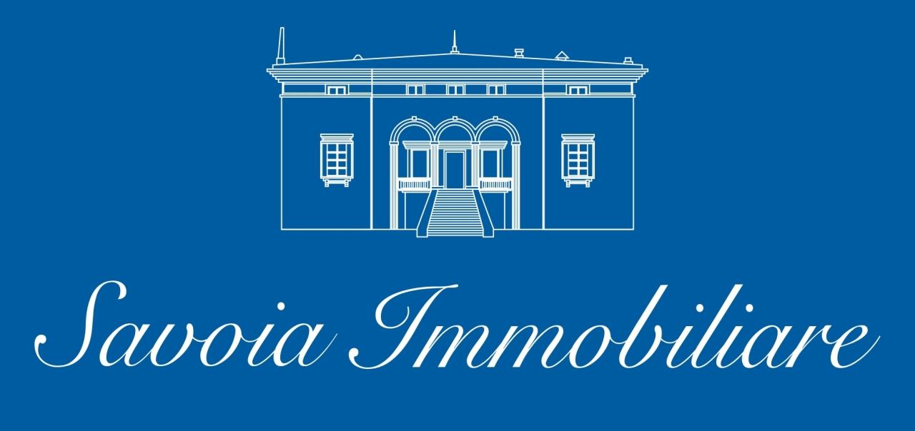 Casa indipendente trilocale in affitto a Aci Castello (CT)