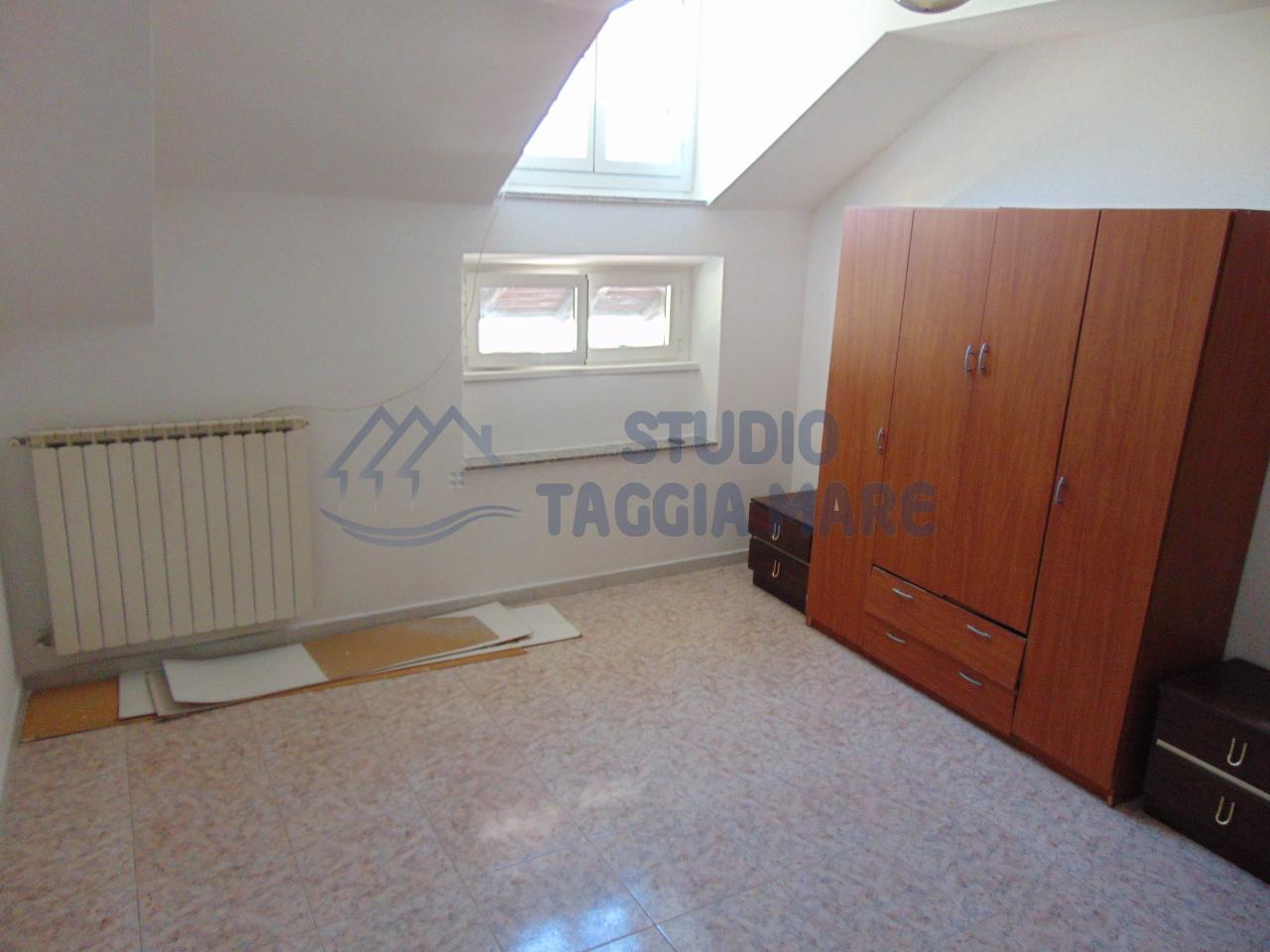 Bilocale Taggia Via Stazione 4
