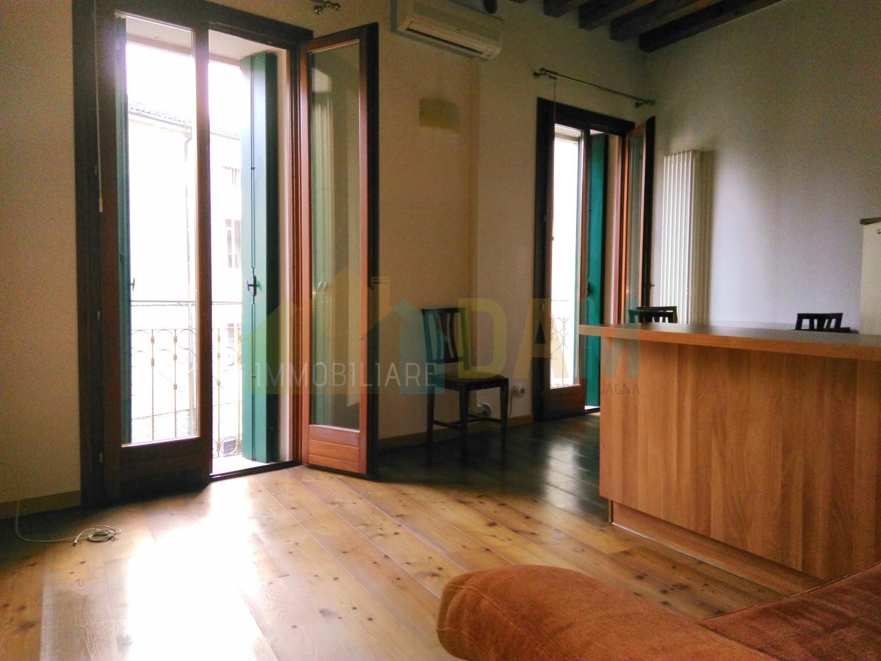 vicenza affitto quart: centro storico immobiliare-d.a.m.-di-dario-alberto-magagna