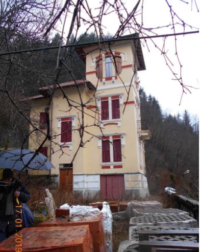 Foto 1 di Villa Via Capoluogo 22, Rezzoaglio