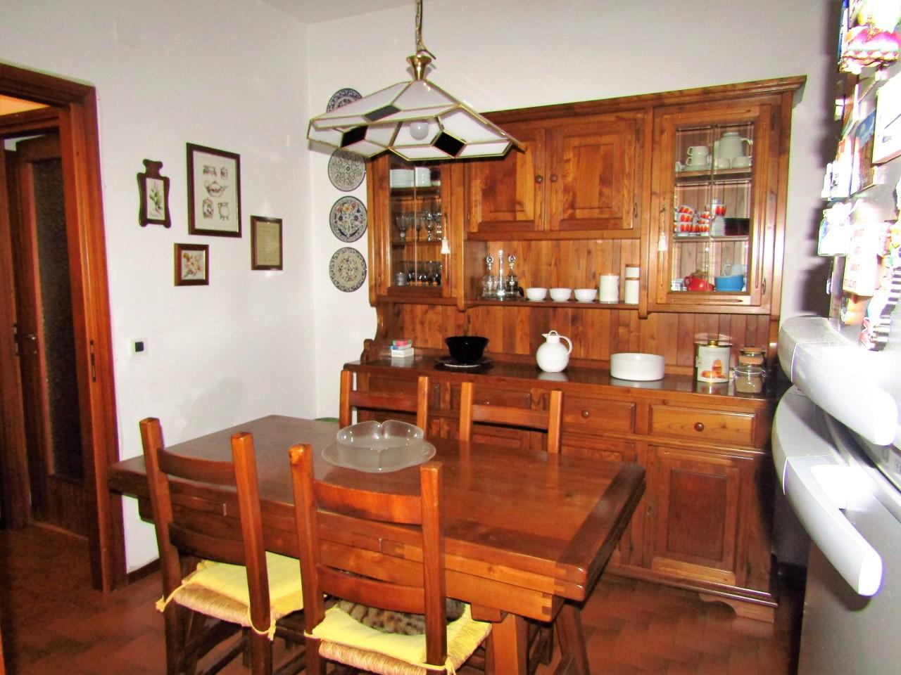 Appartamento in vendita a Livorno, 4 locali, prezzo € 215.000 | CambioCasa.it