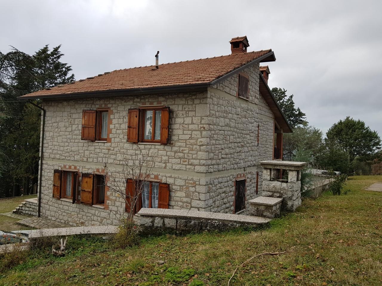 Casa indipendente in vendita a Magione (PG)