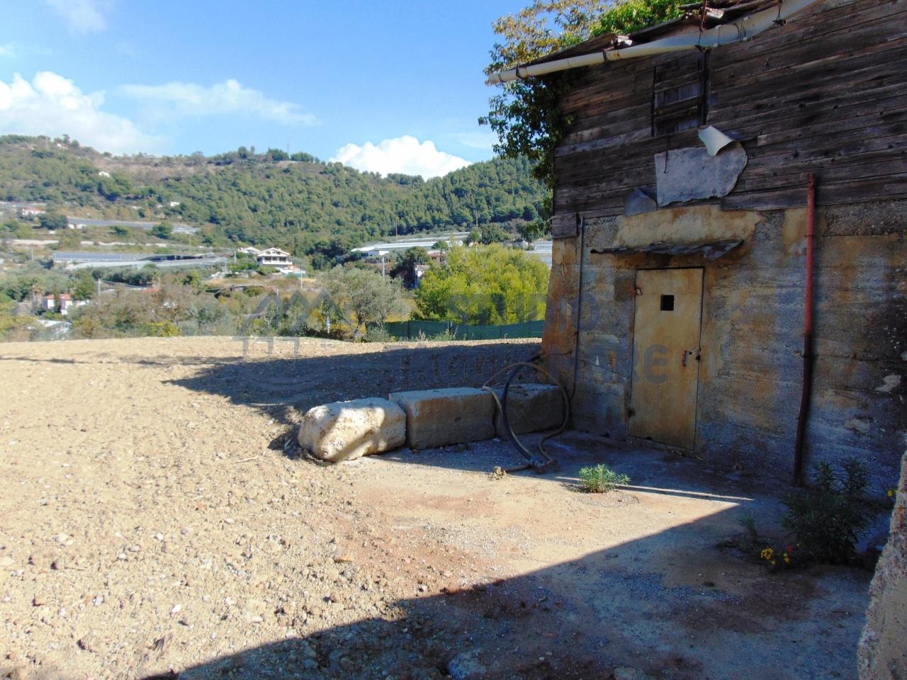 Soluzione Indipendente in vendita a SanRemo, 2 locali, prezzo € 55.000 | CambioCasa.it