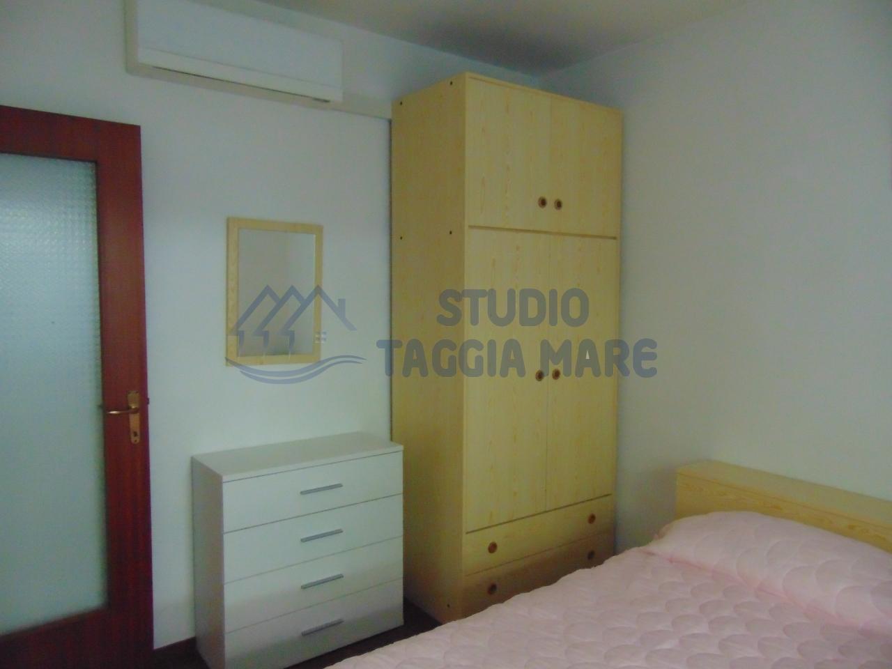 Bilocale Santo Stefano al Mare Strada Statale 1 Via Aurelia 190 12