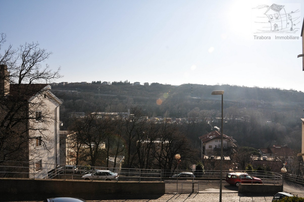 Appartamento in vendita a Trieste, 3 locali, prezzo € 89.000 | CambioCasa.it