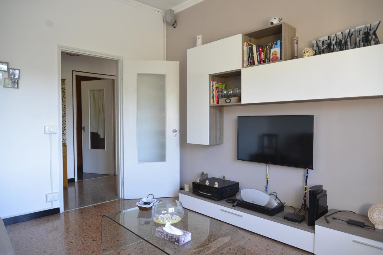 Appartamento in vendita a Quiliano, 4 locali, prezzo € 145.000 | CambioCasa.it