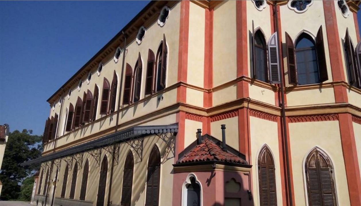 Foto - Garage In Vendita Casale Monferrato (al)