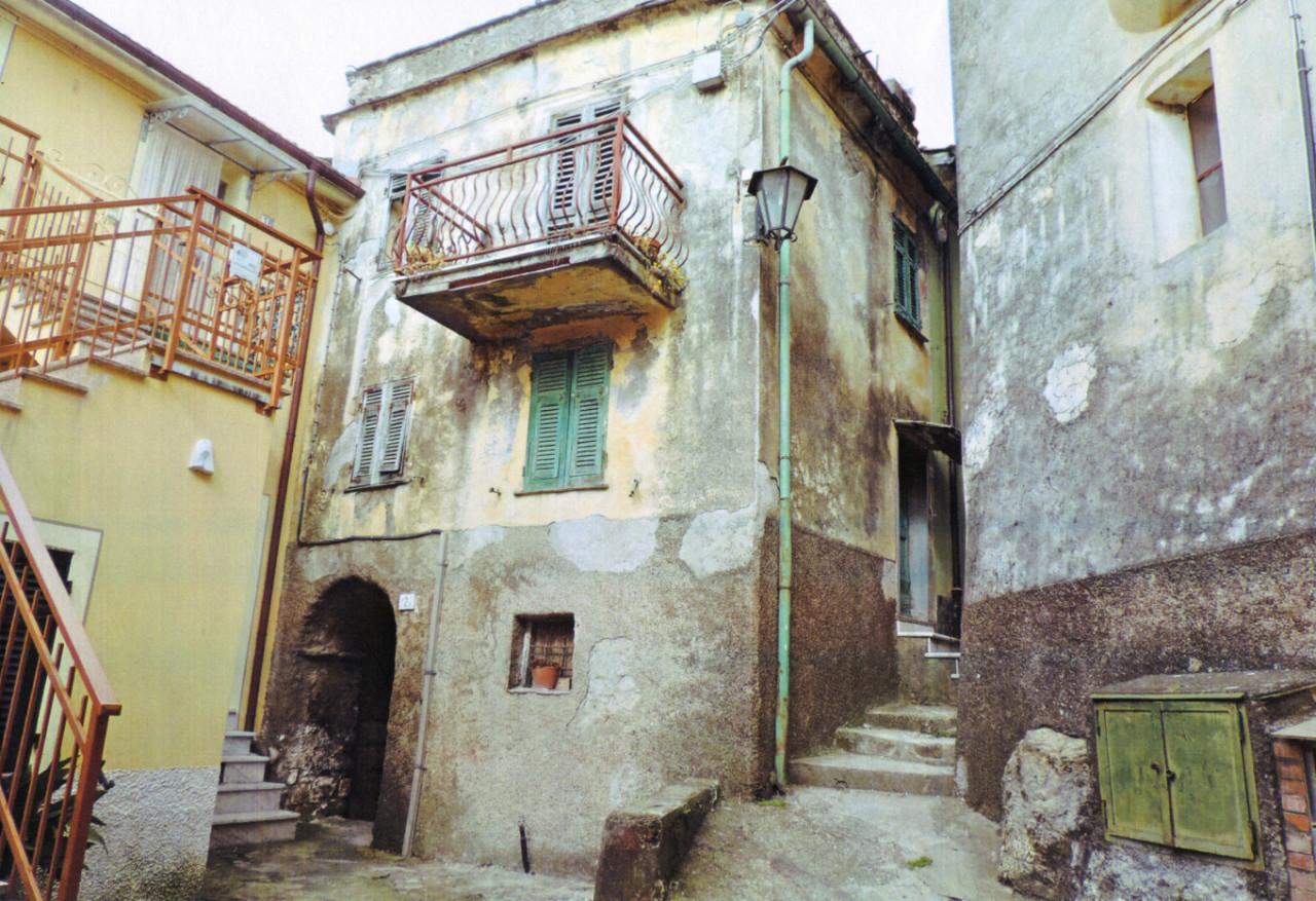 Flanked Villa - Detached, missano, Sale - Castiglione Chiavarese