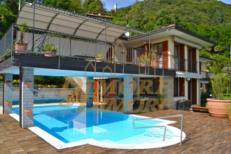 Villa in vendita a Miasino, 12 locali, prezzo € 1.350.000   CambioCasa.it