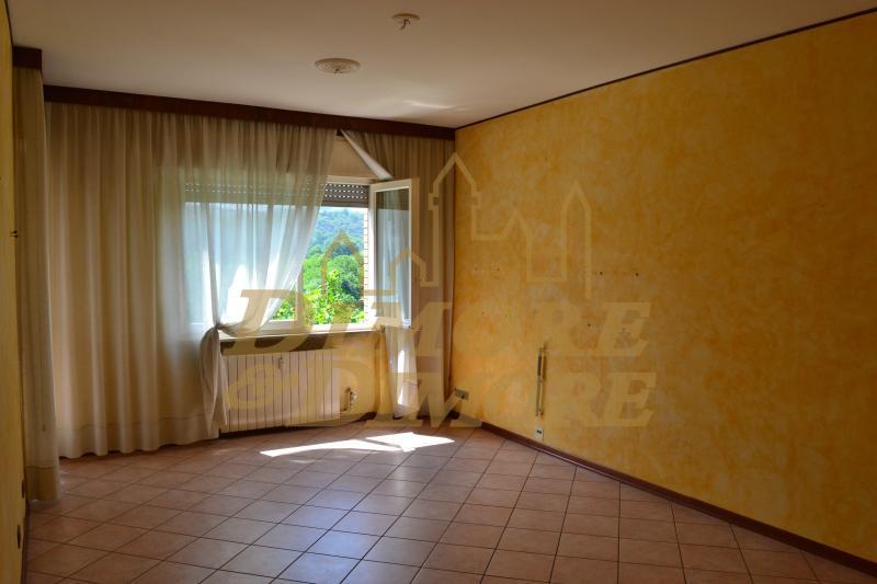 Appartamento in vendita a Gozzano, 3 locali, prezzo € 130.000 | CambioCasa.it