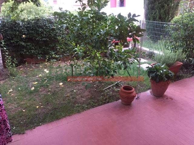 Casa semindipendente a Livorno (1/5)