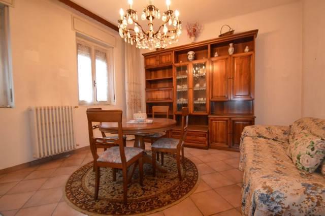 Vai alla scheda: Villa singola Vendita - Vellezzo Bellini (PV) - Codice -CI042