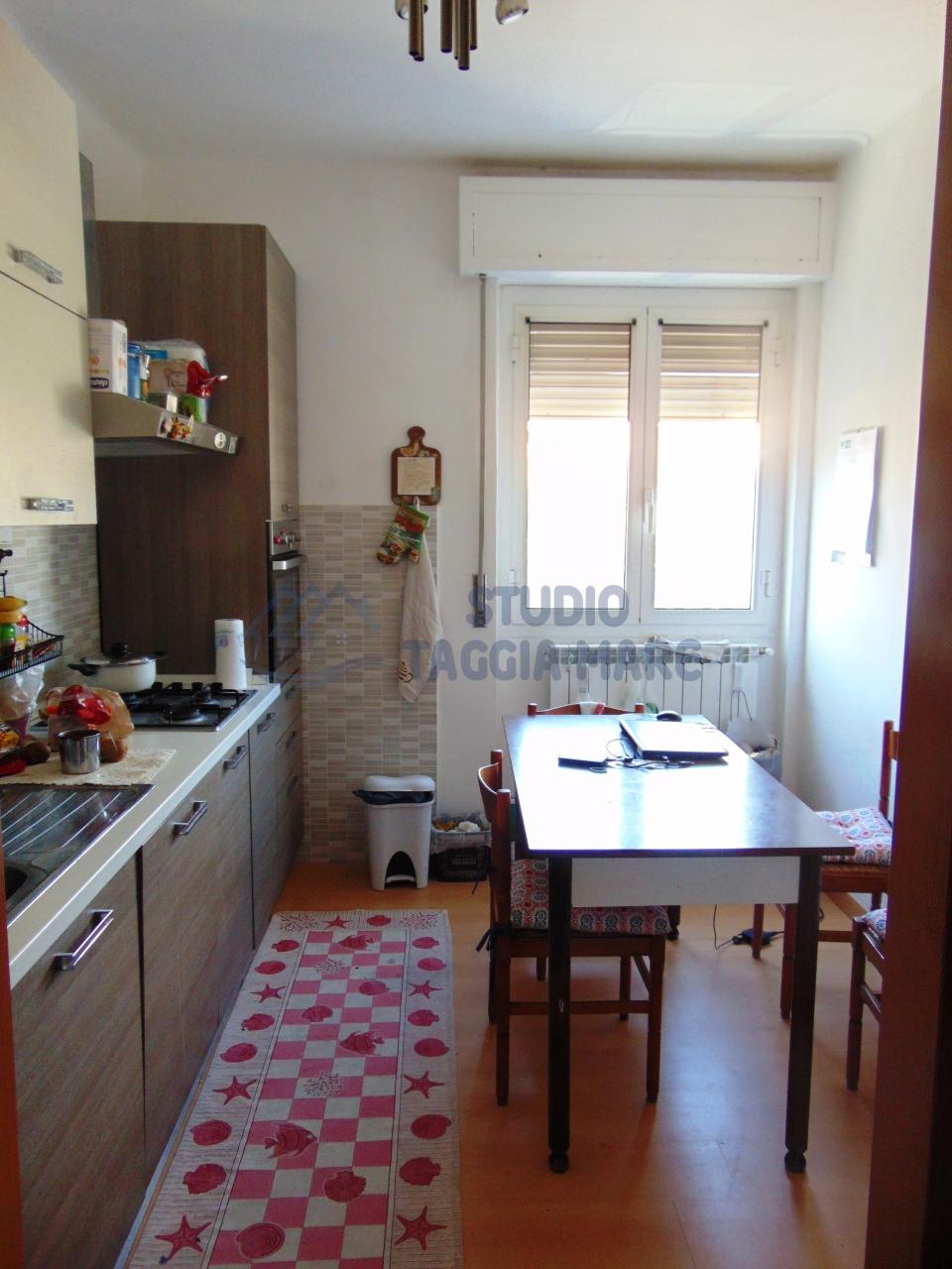 Appartamento in vendita a Taggia, 3 locali, prezzo € 200.000 | Cambio Casa.it