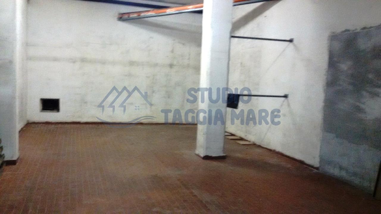 Box / Garage in vendita a Taggia, 1 locali, prezzo € 60.000 | Cambio Casa.it