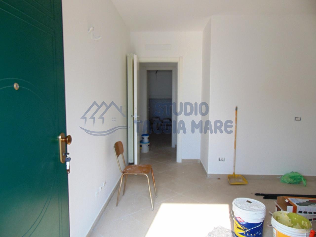 Appartamento in affitto a Riva Ligure, 2 locali, prezzo € 450 | Cambio Casa.it