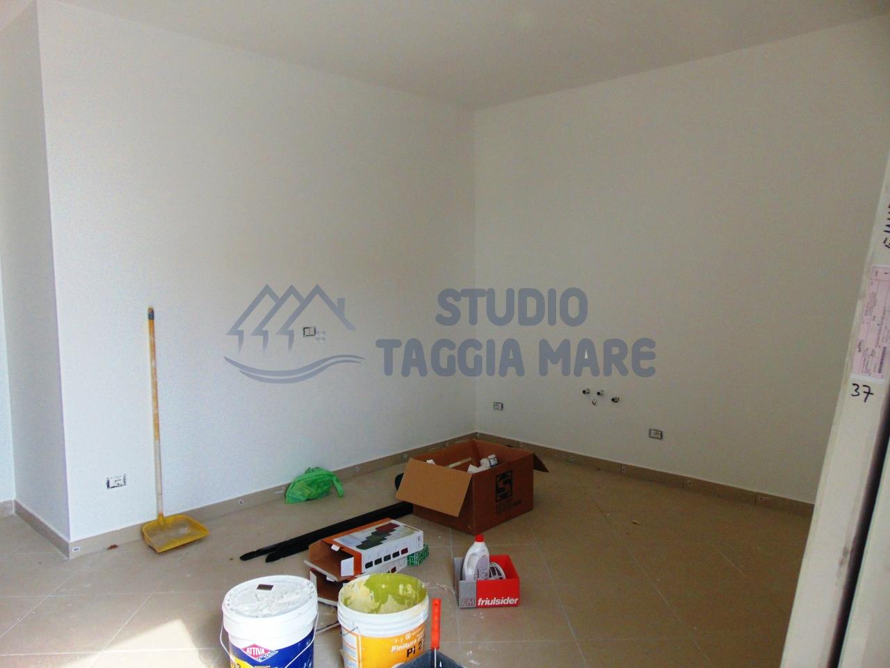 Appartamento in affitto a Riva Ligure, 2 locali, prezzo € 420 | CambioCasa.it