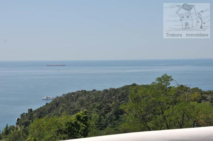 Bilocale Trieste Via Plinio 26 6