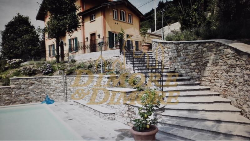 Villa in vendita a Ghiffa, 4 locali, Trattative riservate | CambioCasa.it