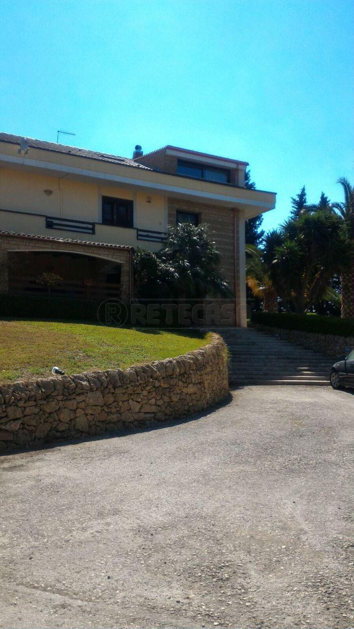 Attico / Mansarda in affitto a Siracusa, 4 locali, prezzo € 500 | Cambio Casa.it