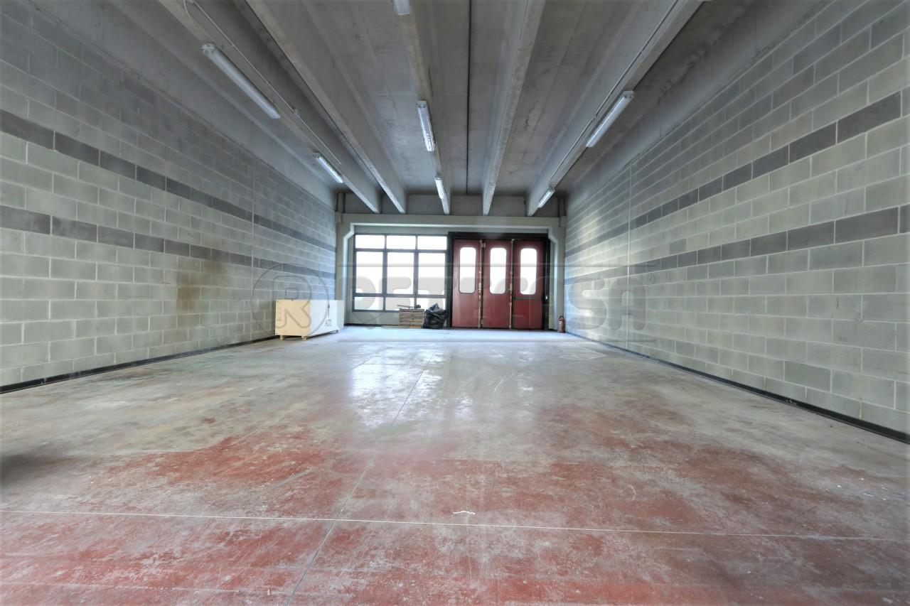 Laboratorio in affitto a Camisano Vicentino, 9999 locali, prezzo € 470 | Cambio Casa.it