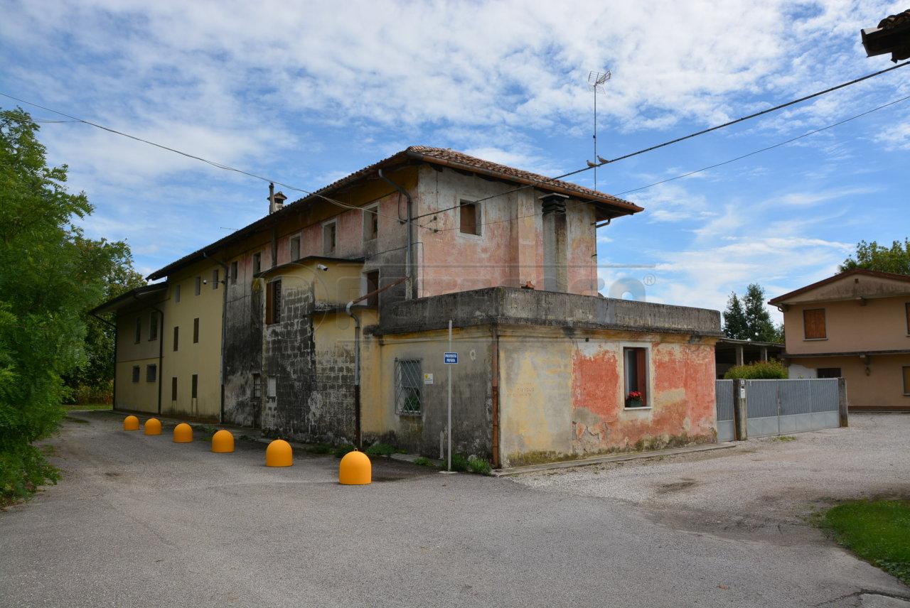 Soluzione Indipendente in vendita a Bagnaria Arsa, 7 locali, prezzo € 149.000 | Cambio Casa.it