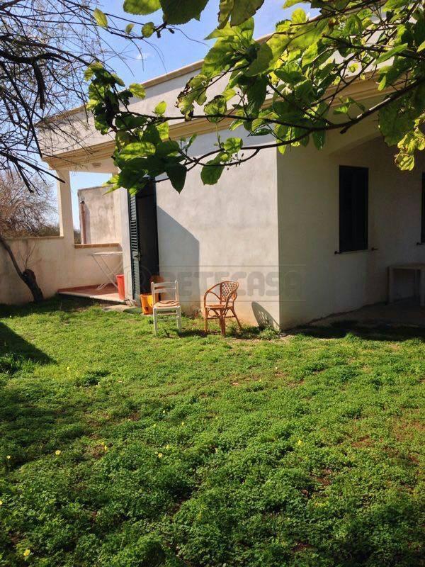 Villa a Schiera in affitto a Nardò, 4 locali, prezzo € 1.000 | Cambio Casa.it