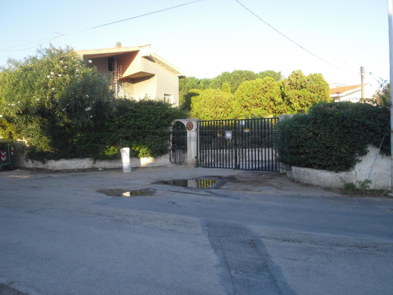 Villa in vendita a Siracusa, 8 locali, prezzo € 180.000 | Cambio Casa.it