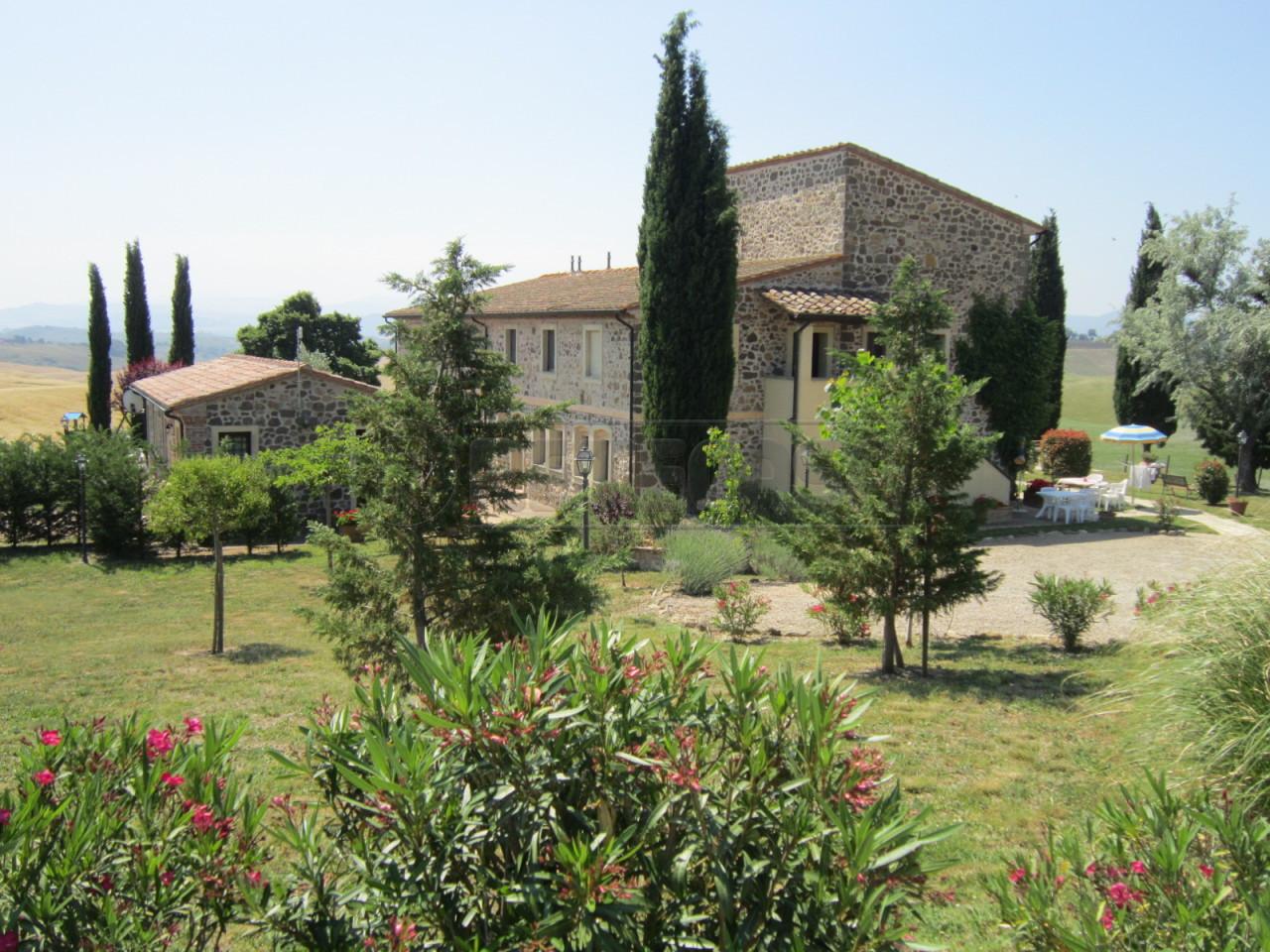 Agriturismo in Vendita a Montecatini Val di Cecina