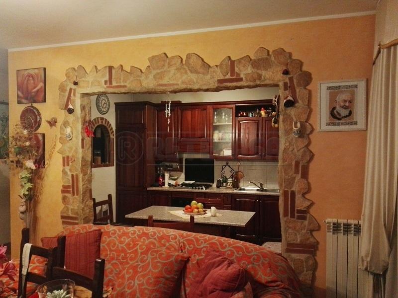 Appartamento in vendita a Mercato San Severino, 4 locali, prezzo € 155.000 | Cambio Casa.it