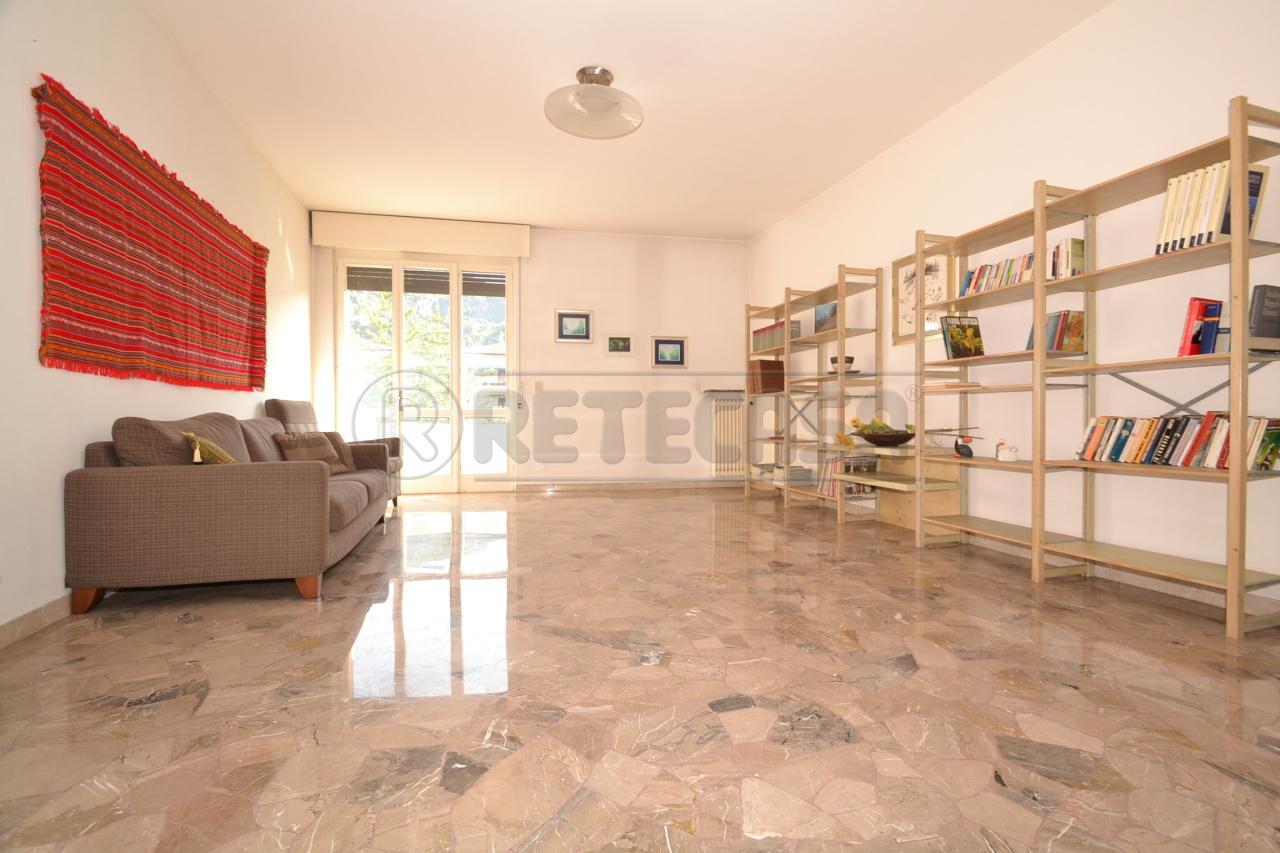 Appartamento in vendita a Valdagno, 5 locali, prezzo € 72.000   Cambio Casa.it