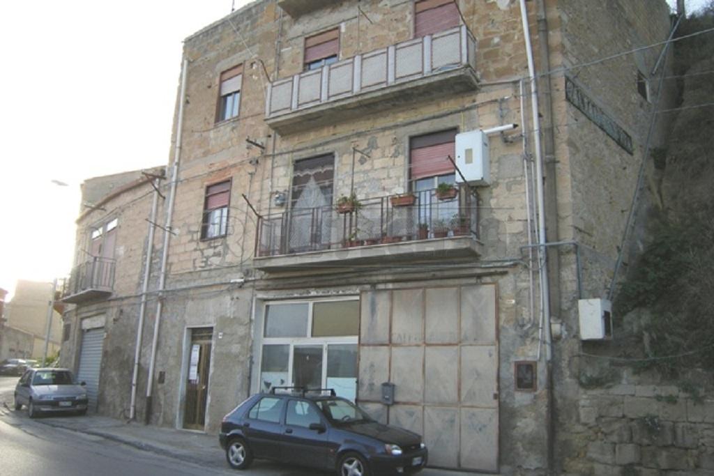 Appartamento trilocale in vendita a Caltanissetta (CL)-12