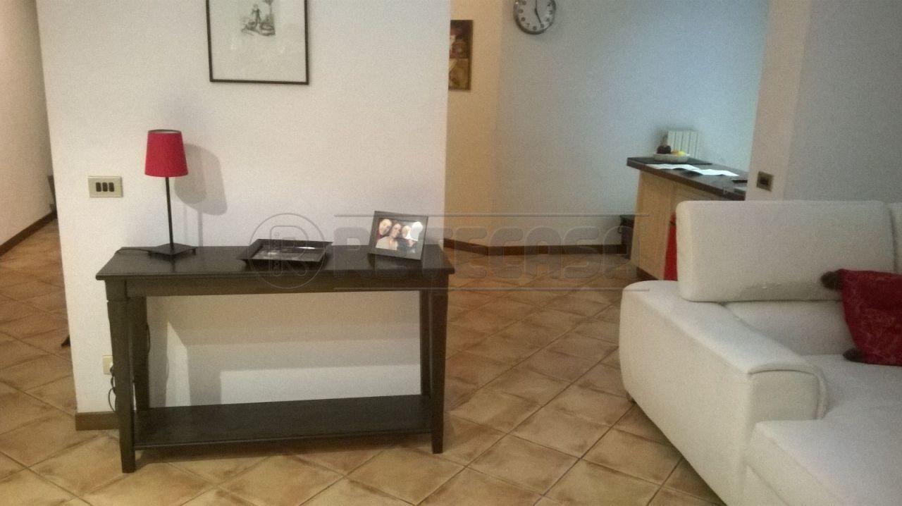 Appartamento in affitto a Ancona, 4 locali, prezzo € 600 | Cambio Casa.it