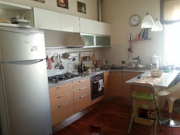 Bilocale Ancona Via Pesaro 3