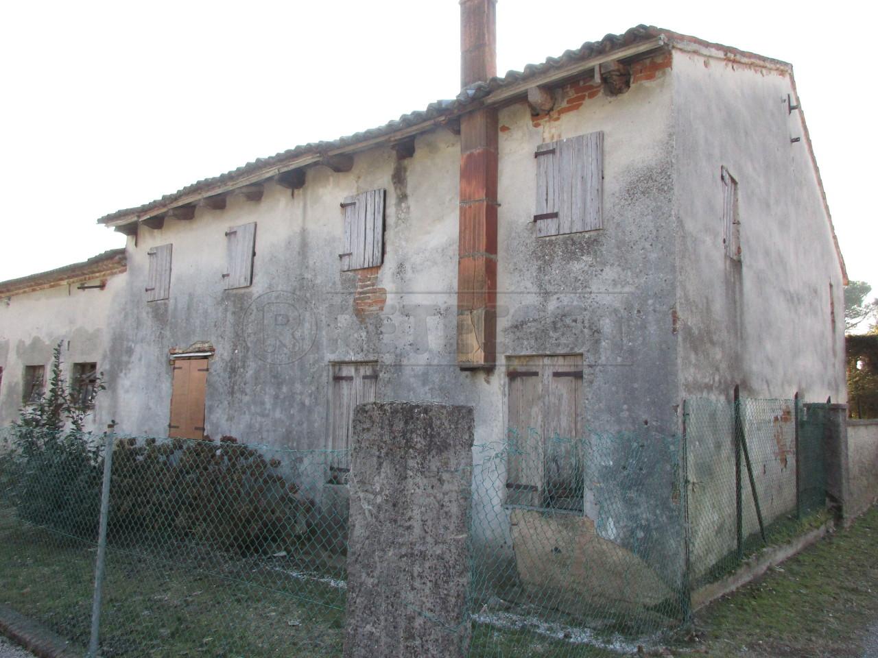 Rustico / Casale in vendita a Camposampiero, 9999 locali, prezzo € 162.000 | Cambio Casa.it