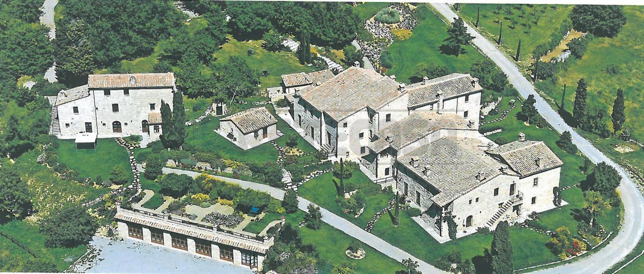 Agriturismo in vendita a Sarteano, 32 locali, Trattative riservate   Cambio Casa.it