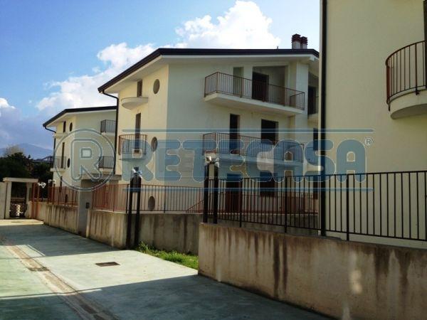 Villa a Schiera in Vendita a Santa Maria a Vico