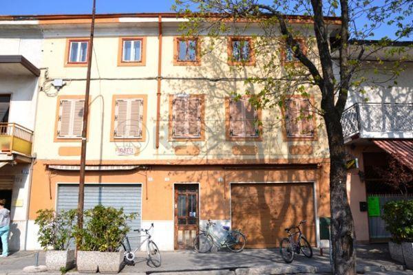Palazzo / Stabile in Vendita a Ronchi dei Legionari