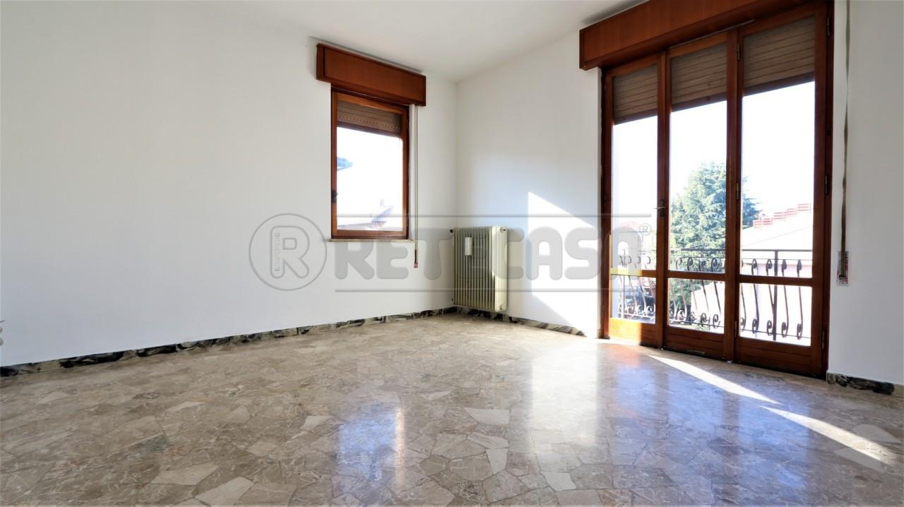Appartamento in vendita a Vicenza, 5 locali, prezzo € 75.000 | Cambio Casa.it