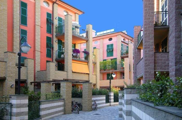Capannone in vendita a Sestri Levante, 9999 locali, Trattative riservate | CambioCasa.it