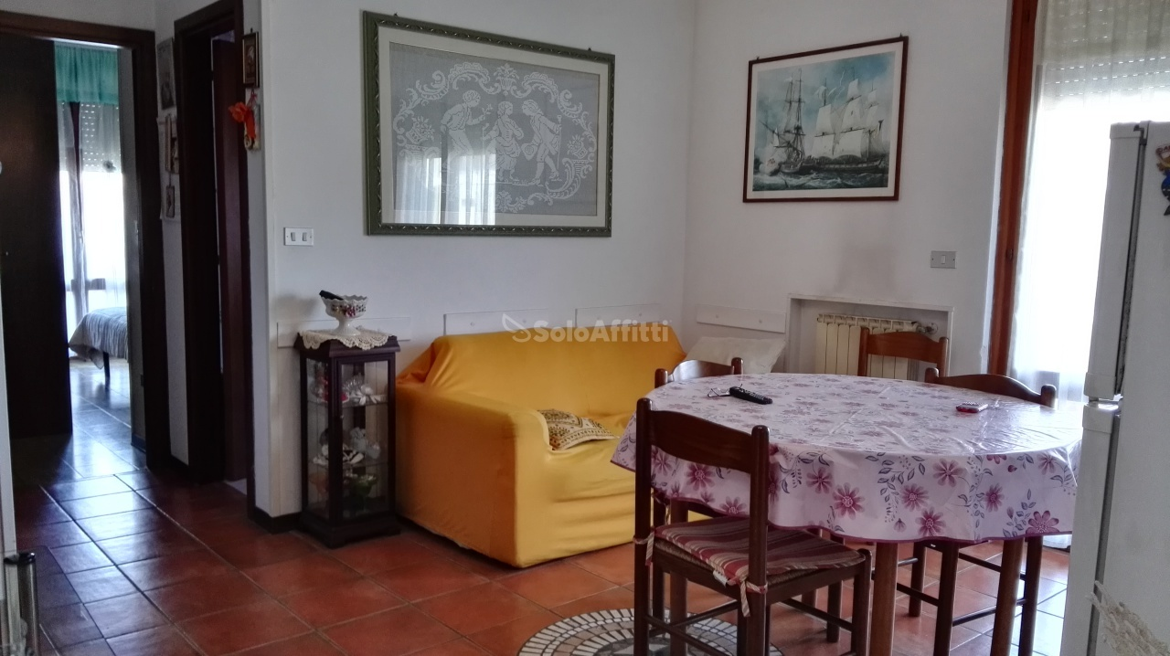 Appartamento in affitto a Montesilvano, 2 locali, Trattative riservate | CambioCasa.it